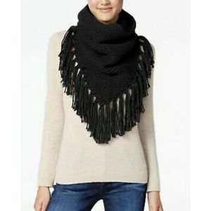 Steve Madden Women's Triangle Snood with Fringe.